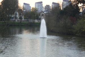 Otterbine Giant 15 HP Polaris Fountain