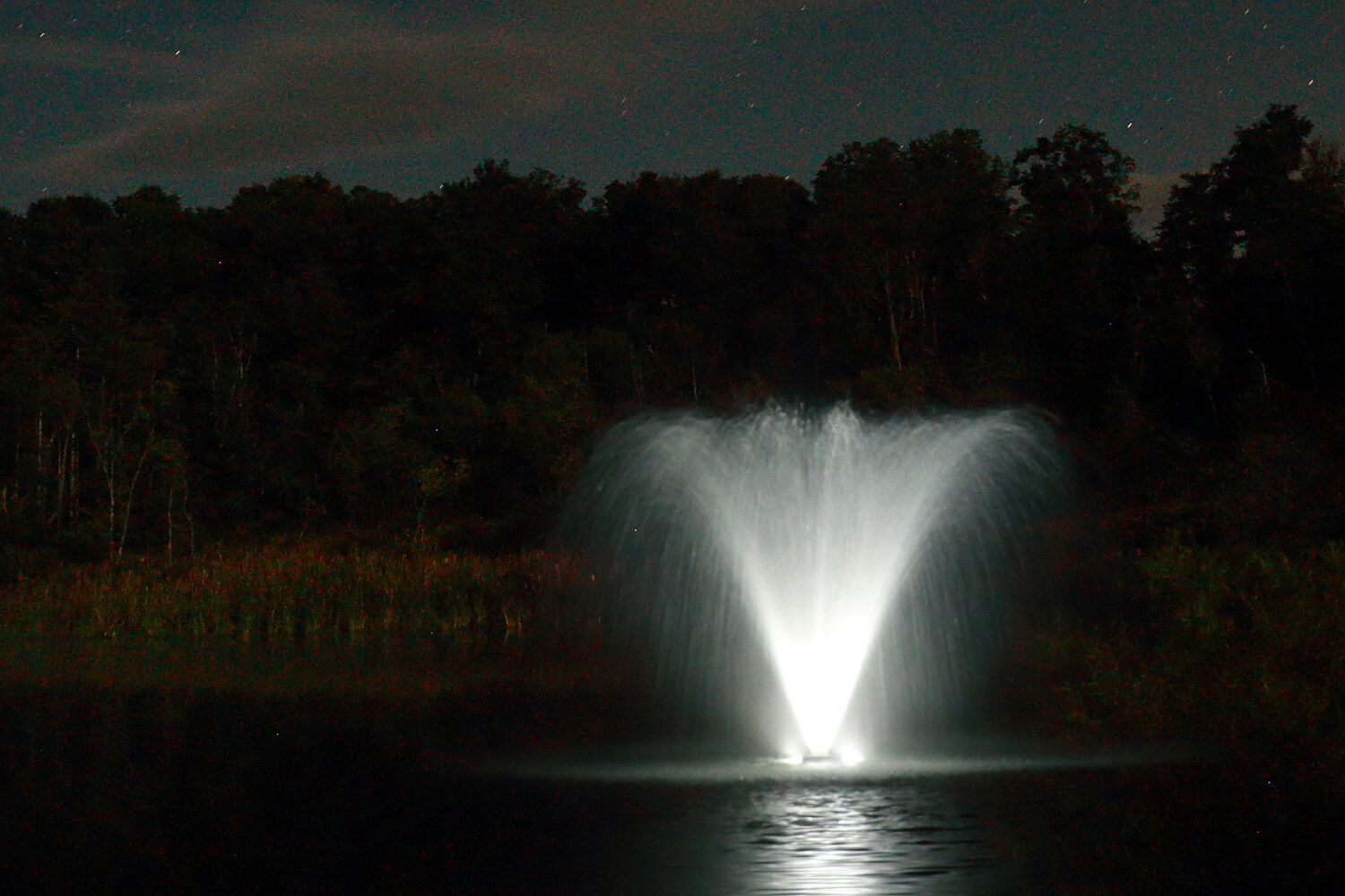 Otterbine Fountain Glow MR16 Low Voltage LED Pond Lighting - 4 Light Kit